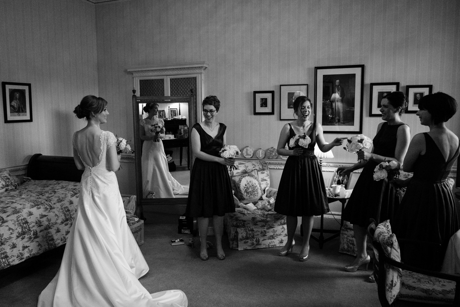 Girls getting ready in the bridal suite