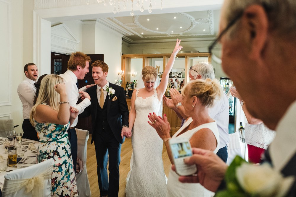 Leica Q wedding photograper