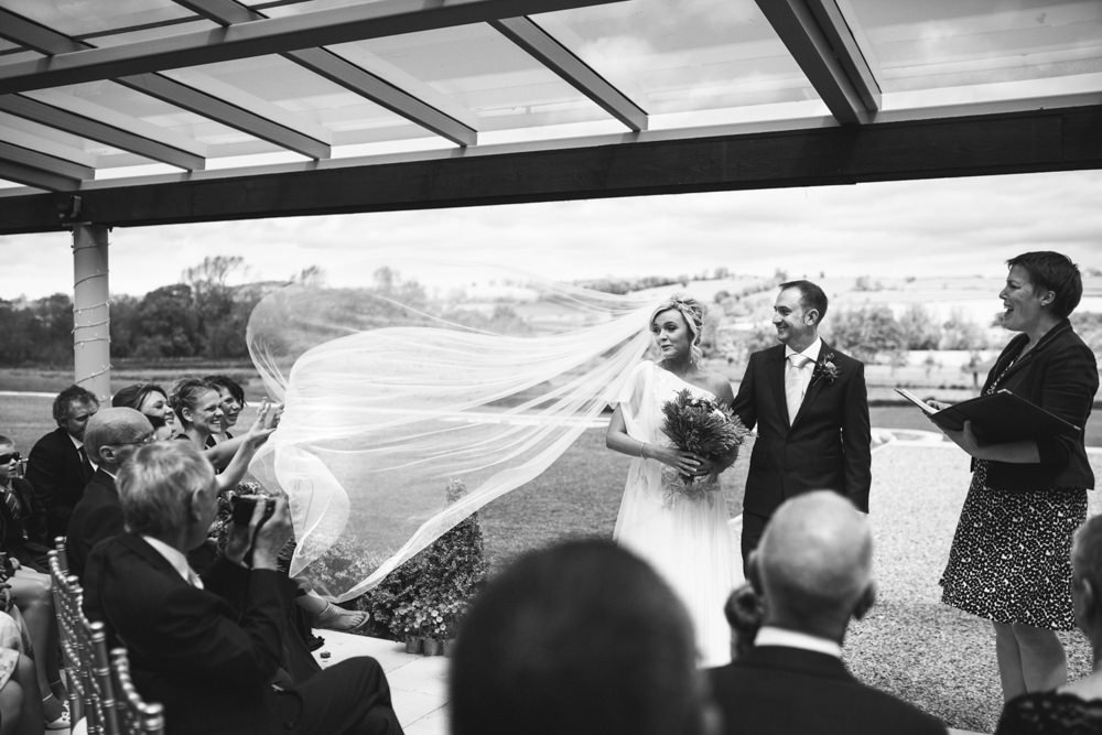 wedding barn ceremony