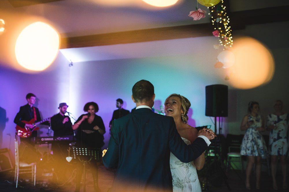Wedding barn richmond 1st dance