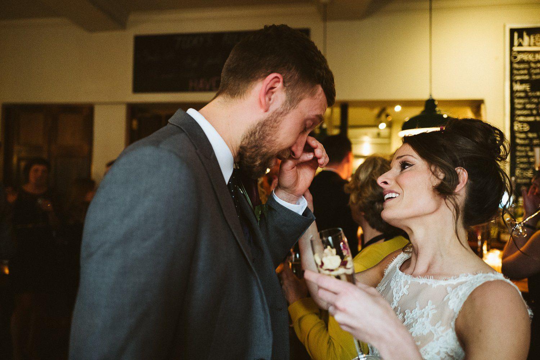 documentary wedding photographer_0039