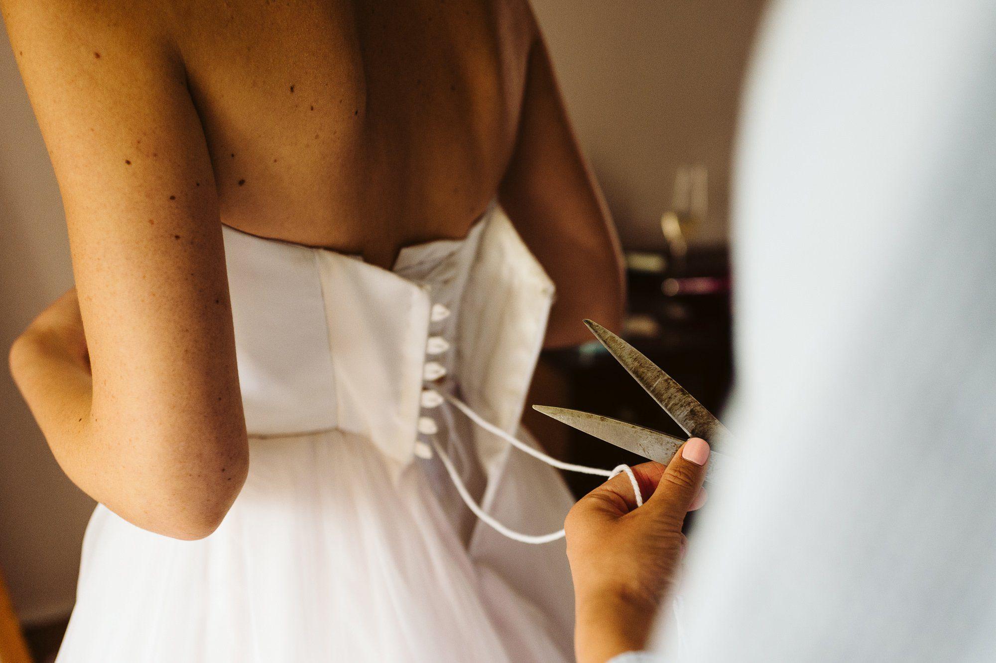 bride wedding prep
