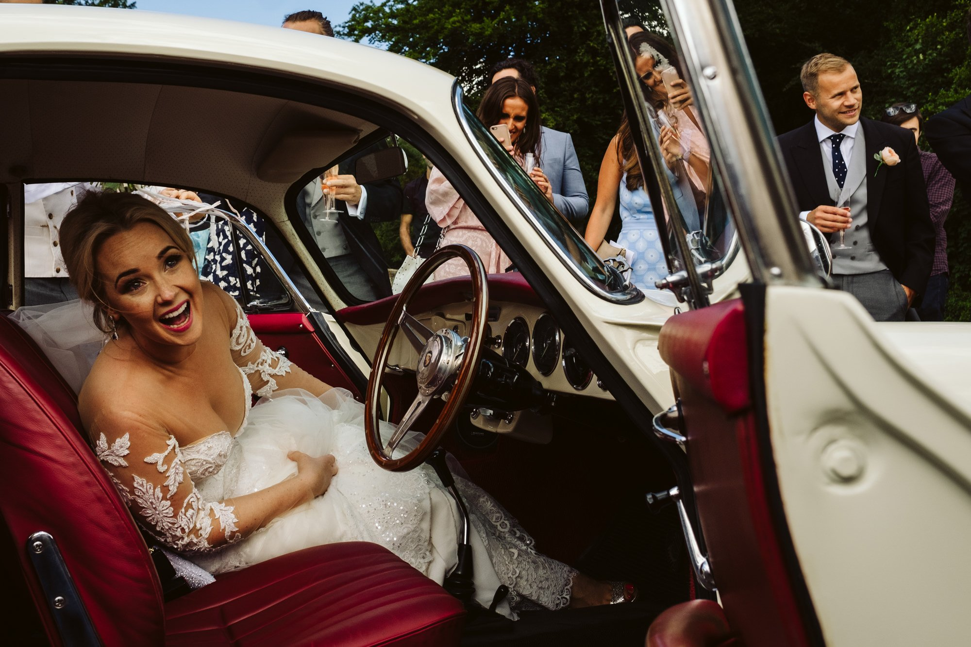 unstaged wedding photography